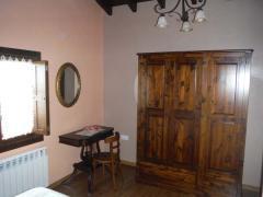 Armario Habitación Casa rural El Andrinal Cangas de Onis