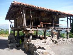 Horreo Casa rural El Andrinal Cangas de Onis